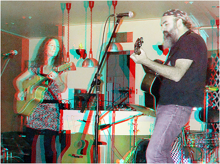 Sarita and Paul'at Original Artists on Stage '11. Digital 3-D Photography by Marc Dawson.