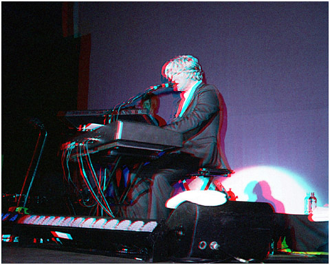 Tim Finn playing Piano. 3-D Photography by Marc Dawson.